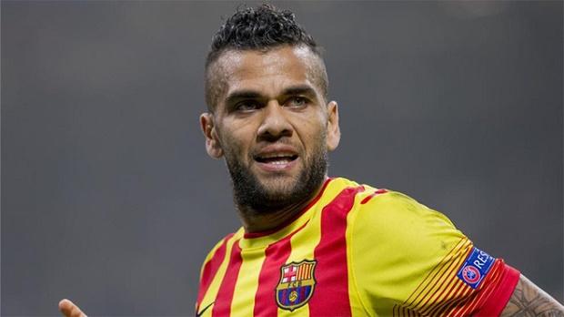 Dani Alves phản đối xứ Catalan tách khỏi Tây Ban Nha