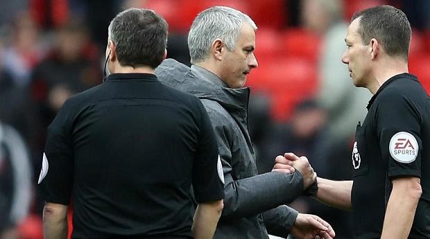 Mourinho chán trường sau trận hòa Bournemouth - Bóng Đá