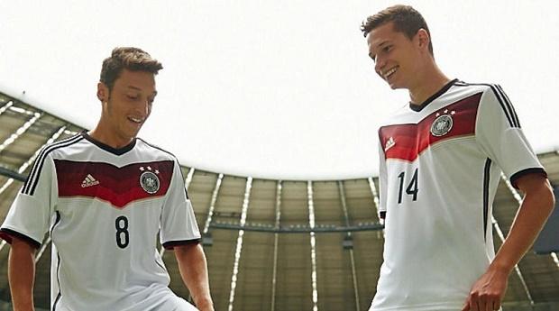Draxler giúp PSG chèo kéo Oezil - Bóng Đá
