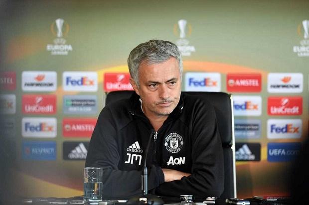 Mourinho: Ajax không nên có mặt ở Europa League - Bóng Đá