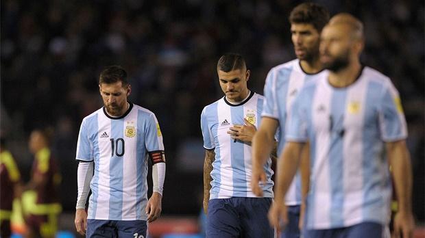 'Thách thức kép' đợi Messi phía trước: Barcelona và Argentina - Bóng Đá