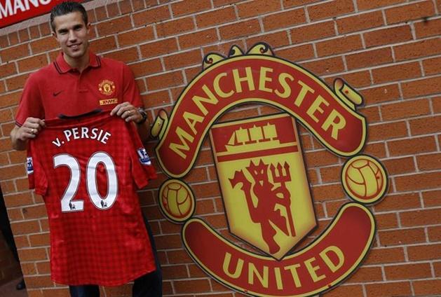 10 khoảnh khắc ấn tượng nhất của Van Persie trong màu áo Man Utd