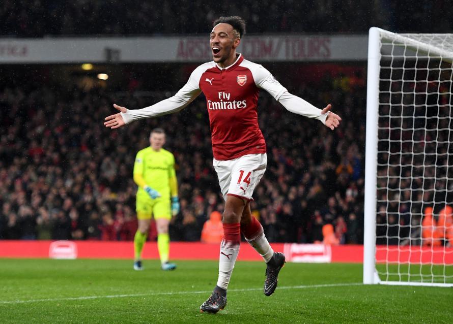Owen tin Aubameyang ghi bàn trước West Ham - Bóng Đá