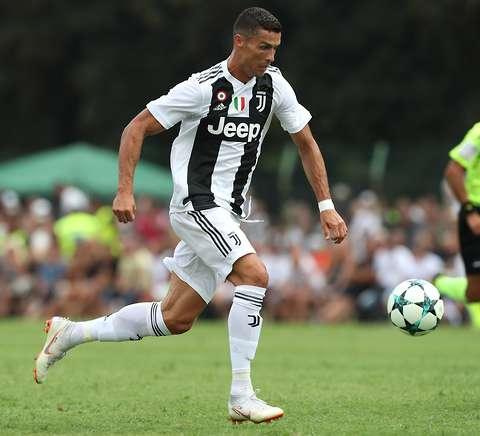 Người cũ tiết lộ Ronaldo tập luyện 2h sáng sau Champions League - Bóng Đá