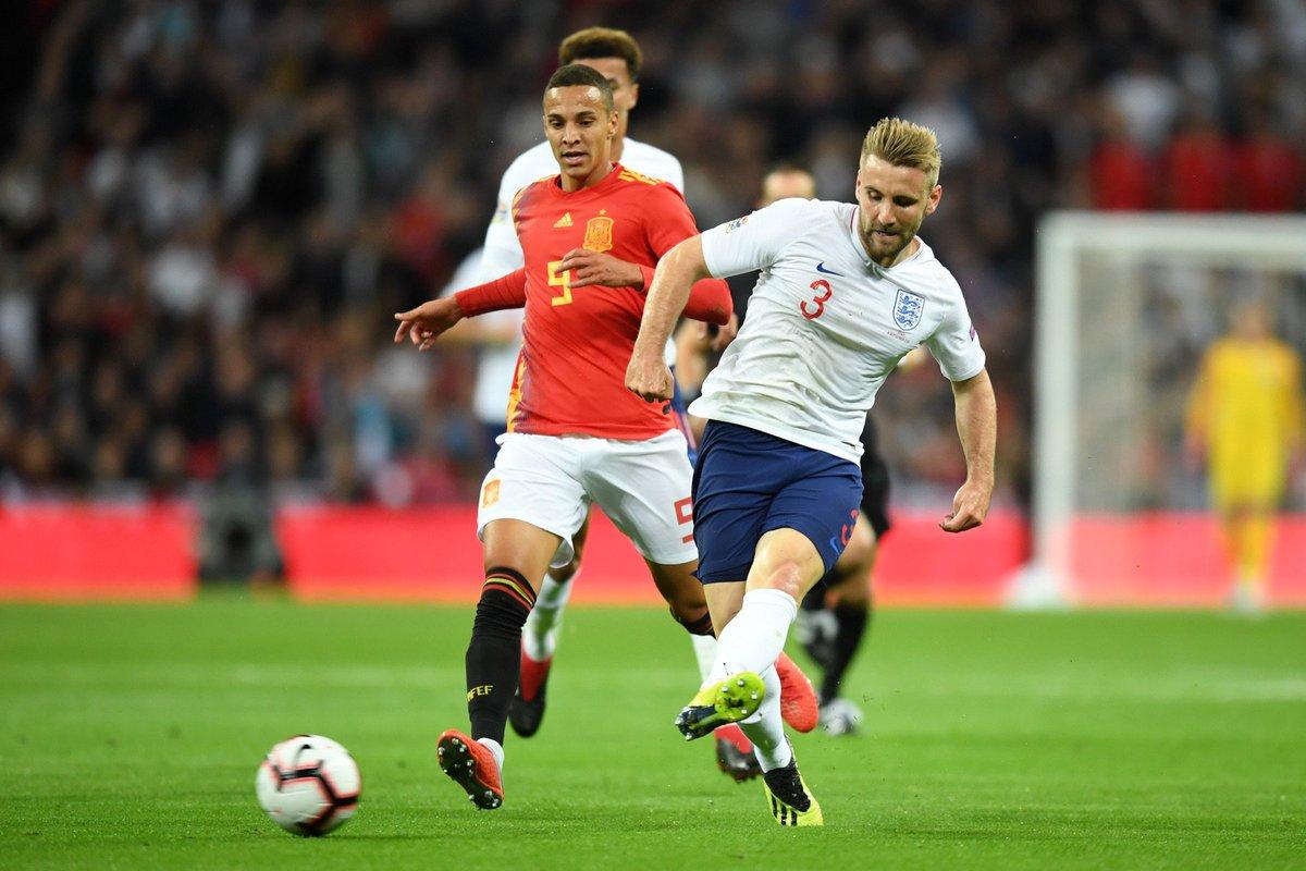Shaw tạo ra nhiều cơ hội nhất tuyển Anh hiệp một - Bóng Đá