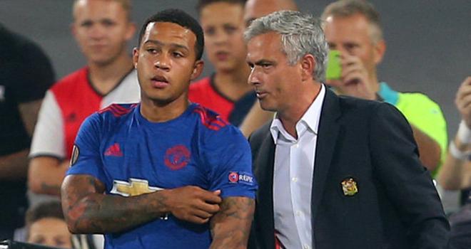 Mourinho muốn mua Depay - Bóng Đá
