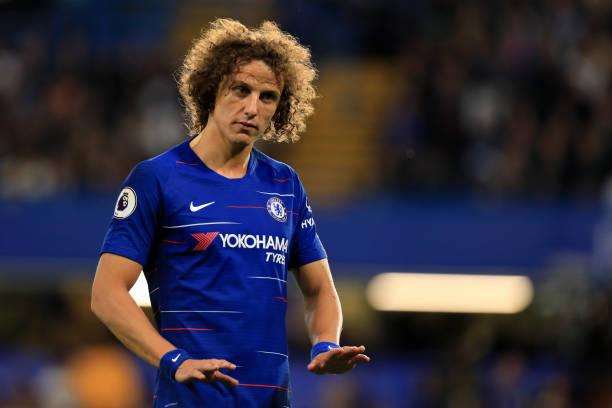 92% CĐV Chelsea muốn gia hạn Luiz - Bóng Đá