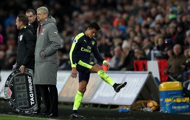 Wenger bán Sanchez là do nội bộ Arsenal không thích - Bóng Đá