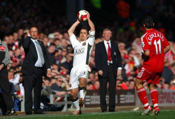 Neville: SAF thay đổi thái độ khi đối đầu Liverpool - Bóng Đá