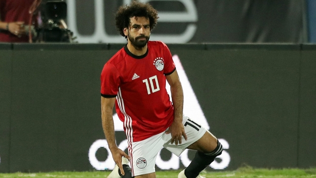 Salah vắng 2 tuần - Bóng Đá