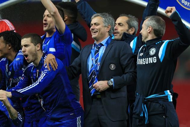 Hazard tiết lộ tin nhắn gửi cho Mourinho - Bóng Đá