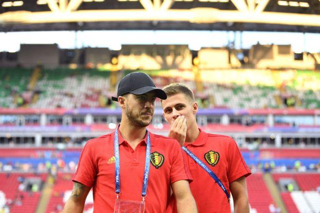 Hazard bị em trai cảnh báo về Real - Bóng Đá
