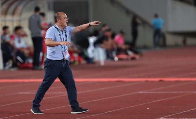HLV Hang Seo tiết lộ lý do nổi giận cuối trận - Bóng Đá