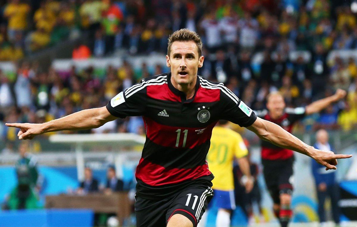 Muller cán mốc 100 trận tuyển Đức - Bóng Đá