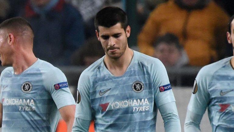 Sarri sợ hãi vì Morata chấn thương - Bóng Đá