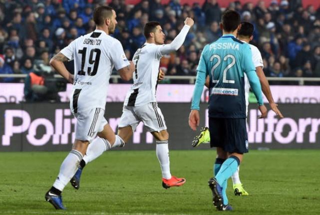 Ronaldo 'cân team', Juventus thoát hiểm nghẹt thở tại Stadio Atleti Azzurri d'Italia - Bóng Đá