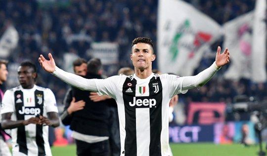 Griezmann nói về Ronaldo - Bóng Đá