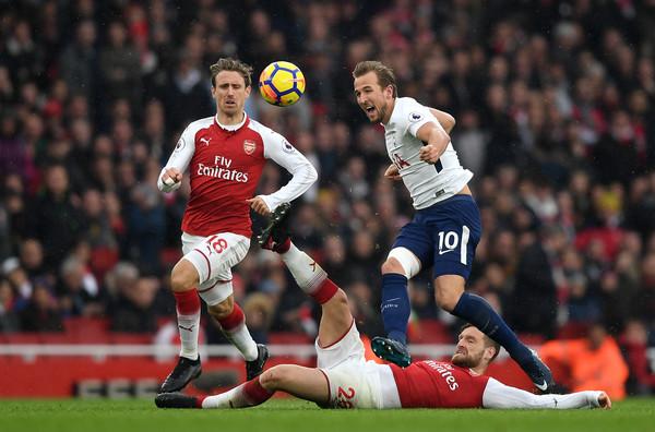 Arsenal nên sút 3, xúc 4 cái tên - Bóng Đá