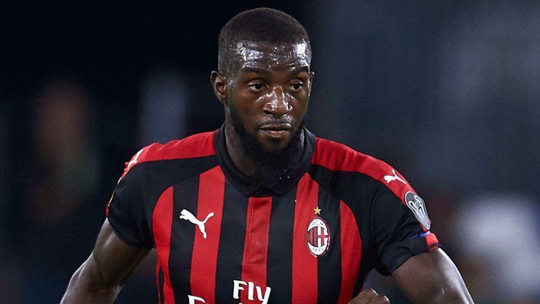 AC Milan xúc Bakayoko - Bóng Đá