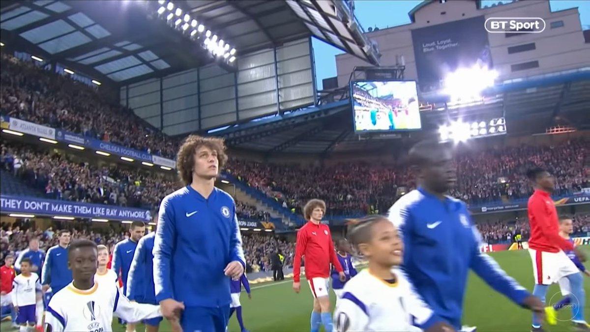 Luiz gặp bản sao - Bóng Đá