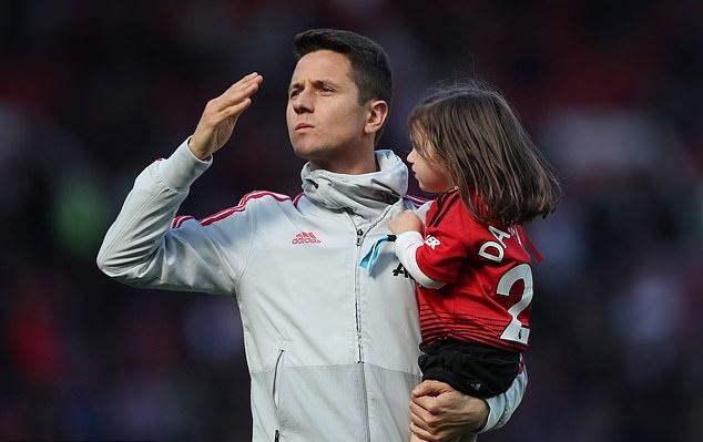 Herrera lên tiếng Mourinho, Solskjaer - Bóng Đá