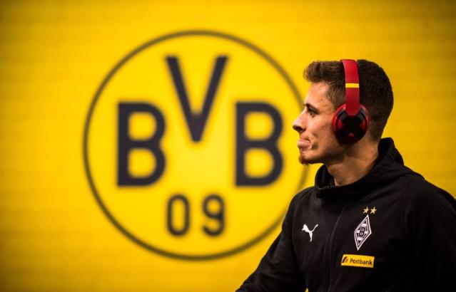 Thorgan Hazard xác nhận qua Dortmund - Bóng Đá