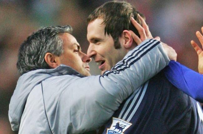 Mourinho xin lỗi fan Arsenal Chelsea trận cuối Cech - Bóng Đá