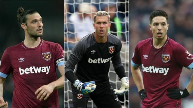 West Ham chia tay Carroll + Adrian - Bóng Đá