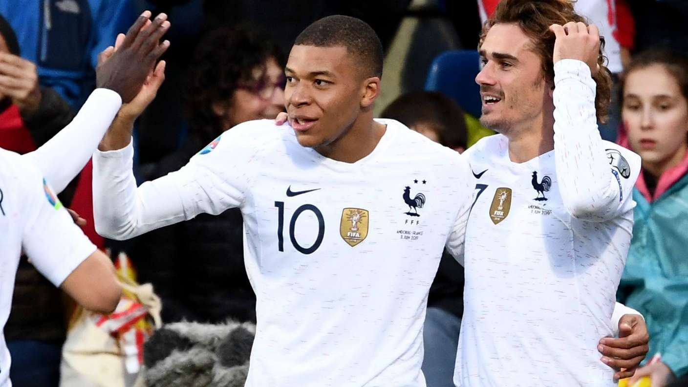 Now's not the time! Mbappe not ready to talk about Madrid links - Bóng Đá