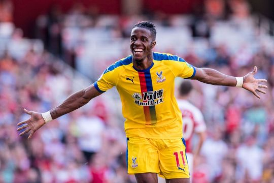 Unai Emery asks Arsenal board for extra funds to sign Crystal Palace star Wilfried Zaha   - Bóng Đá