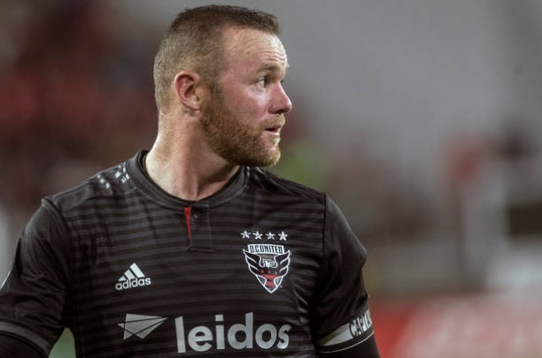DC United's Wayne Rooney scores from beyond midfield against Orlando City - Bóng Đá