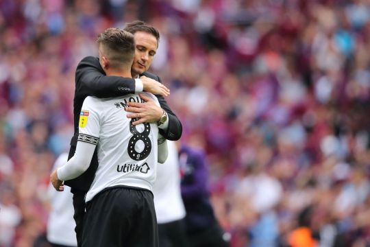Frank Lampard tells Chelsea to not let Mason Mount leave on loan  - Bóng Đá