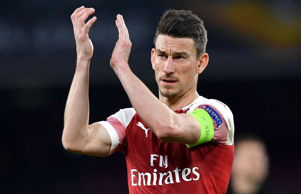 Arsenal demand £8.8m to sell Laurent Koscielny as Unai Emery fumes over captain's attitude - Bóng Đá