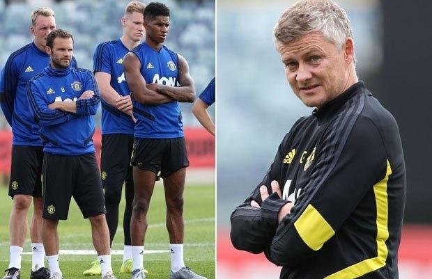Man Utd squad 'split' as Ole Gunnar Solskjaer concerns emerge - Bóng Đá