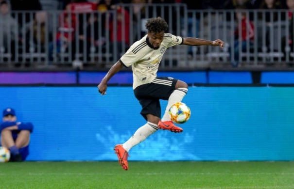Manchester United fans react to Angel Gomes' performance - Bóng Đá