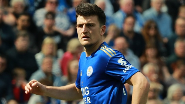 Man United will get rid of a centre half when they get £90m Maguire over the line - Bóng Đá