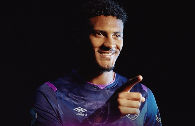 West Ham have confirmed the signing of forward Sebastien Haller - Bóng Đá