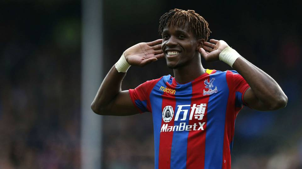 Wilfried Zaha tells Crystal Palace he wants to leave after Arsenal's failed transfer bid - Bóng Đá