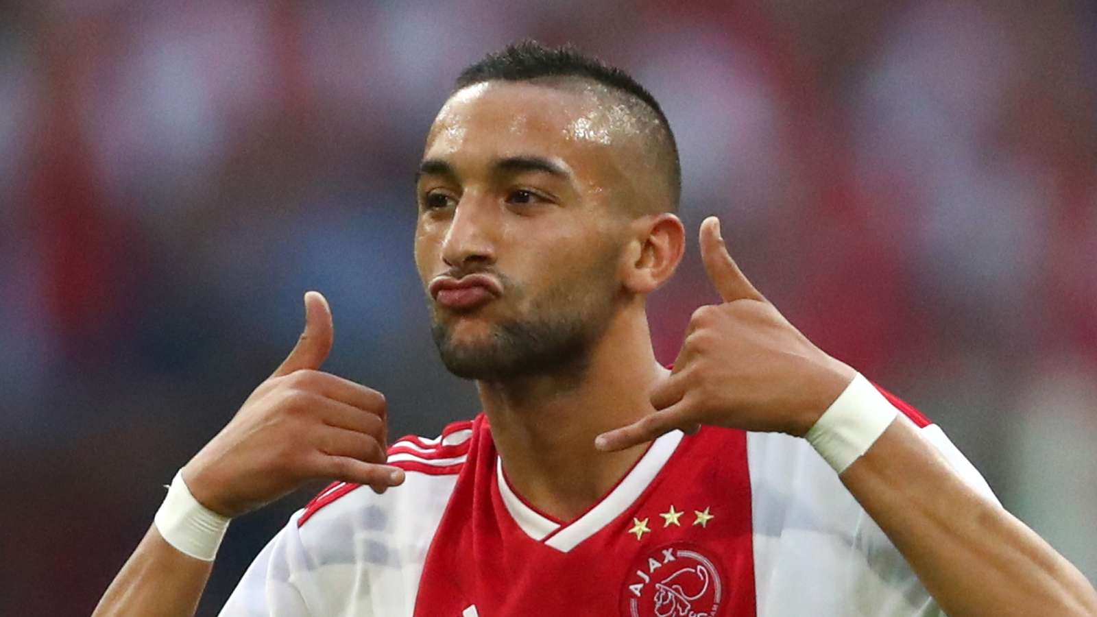 Arsenal & Liverpool linked Ajax star Ziyech confirms Sevilla snub - Bóng Đá