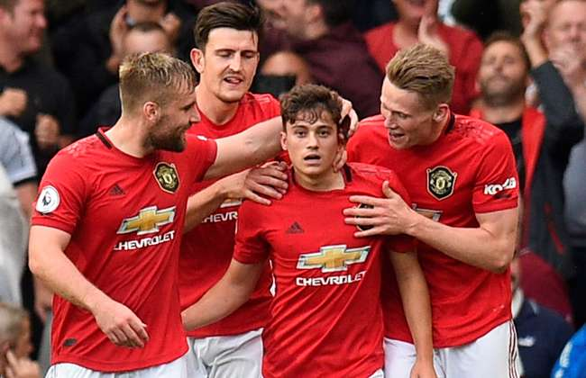 Manchester United name three fastest players from Chelsea win - Bóng Đá