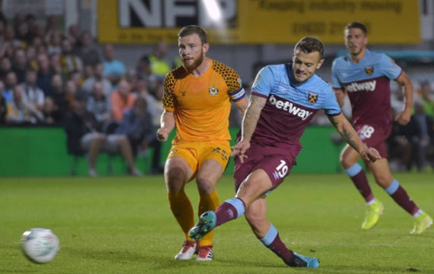 Jack Wilshere scores his first goal in over 600 DAYS and his first in a Hammers shirt - Bóng Đá