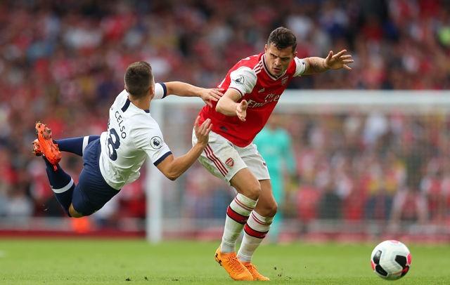 'His second name is disaster', some Arsenal fans slam Xhaka's display vs Spurs - Bóng Đá