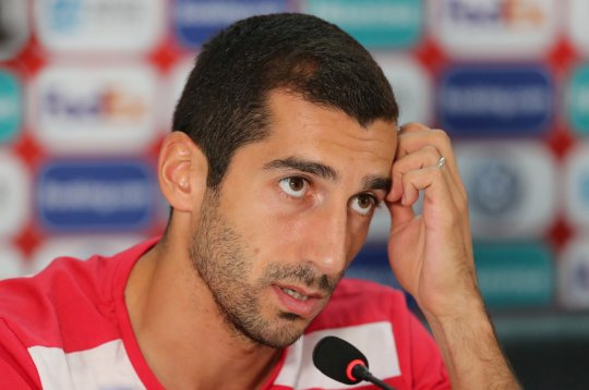 Henrikh Mkhitaryan opens up about unhappiness at Arsenal before Roma move - Bóng Đá
