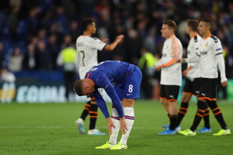"""Get out my club"" – Some furious Chelsea fans demand Ross Barkley's head - Bóng Đá"