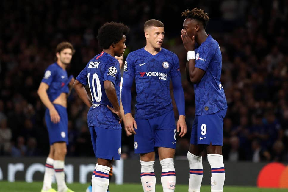 How Chelsea dressing room reacted to Ross Barkley penalty miss in Valencia defeat - Bóng Đá