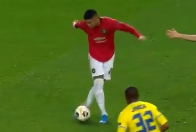 Marcos Rojo trolls himself over his rabona fail in Manchester United's Europa League win against Astana   - Bóng Đá