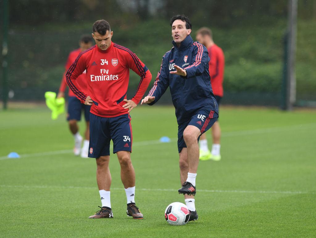 Ian Holloway has slammed Unai Emery for major Arsenal decision - Xhaka đội trưởng - Bóng Đá
