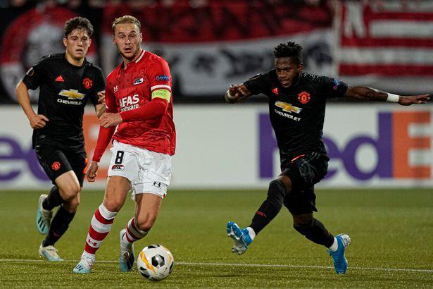 Fred slammed by Owen after Manchester United drab draw against AZ Alkmaar in the Europa League   - Bóng Đá