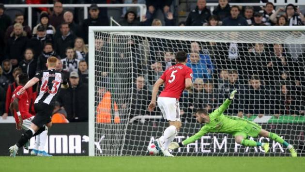 Newcastle hero Matty Longstaff admits debut winner vs Man Utd was 'hit and hope'  - Bóng Đá