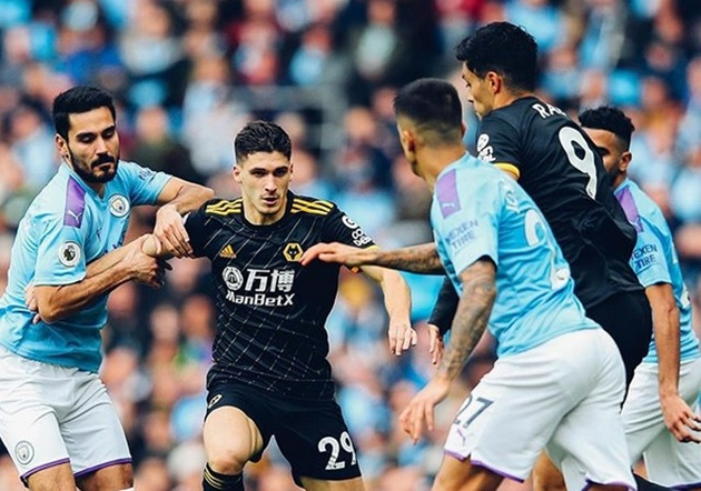 Man City fans criticise midfielder's first-half performance against Wolves - Bóng Đá